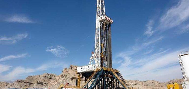 سه قرارداد نفتی تا پایان سال در آستانه امضای نهایی قرار می گیرد