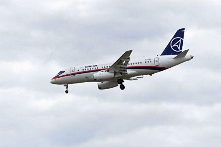 سوخو امیدوار به فروش هواپیمای مسافربری به ایران است